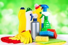 清洁产品,在白色背景的家庭 免版税库存图片
