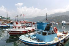渔船在Amasra土耳其 库存照片