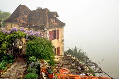 有雾的早晨在法国 免版税库存图片