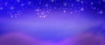 抽象发光的落在被弄脏的紫色和蓝色背景的闪闪发光和雪 皇族释放例证