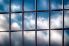 抽象摩天大楼玻璃窗 库存照片