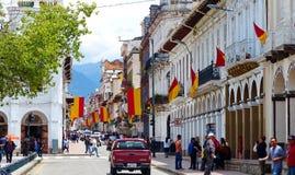 昆卡省,厄瓜多尔的历史中心,装饰在假日 免版税库存图片