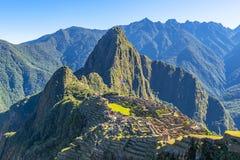 日出在马丘比丘,秘鲁 免版税图库摄影