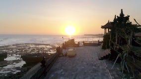 日落寺庙巴厘岛海滩空中4k 影视素材
