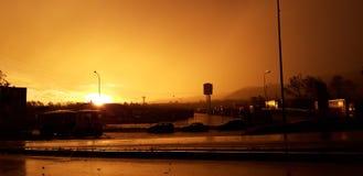 日落的工业区 库存照片