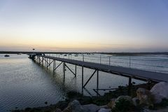 日落的船坞在法鲁,葡萄牙 库存图片