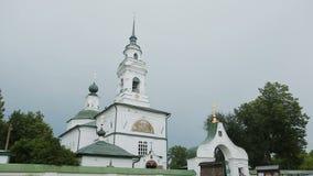 教会在老村庄 股票录像