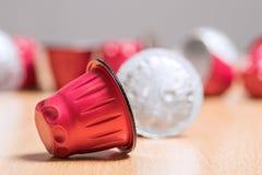 新鲜的咖啡胶囊 免版税图库摄影