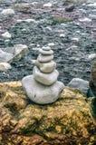 火山岩和沙子 免版税库存图片