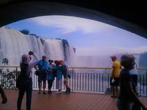 福兹de伊瓜苏的turism 瀑布 免版税库存照片