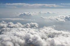 积云形成鸟瞰图在好日子 免版税库存照片