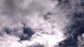 移动在天空hyperlapse的云彩 股票视频