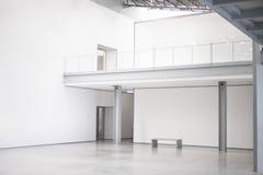 空白白色空的现代美术美术画廊大厅,工作空间,露天场所 免版税库存照片