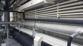管子线系统和气体冷却系统和电气系统的输送管道和电缆管 库存照片