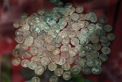罗马银币囤积居奇在显示的 库存图片