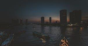 美好的日落在曼谷 面对河Chaopraya的时间间隔 影视素材