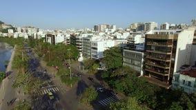 美妙的城市 美妙的地方在世界上 伊帕内马盐水湖和邻里在里约热内卢,巴西 股票视频