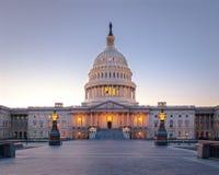 美国在日落的国会大厦大厦-华盛顿特区,美国 免版税图库摄影