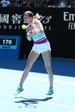 美国的职业网球球员达尼埃尔林斯行动的在她的在2019年澳网的半决赛期间 免版税库存图片