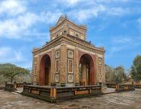 石碑亭子在嗣德帝皇家坟茔,颜色,越南 库存图片