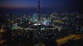 照相机飞行录影镜头在市中心的 股票录像