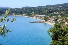 益普索海滩,益普索村庄,科孚岛海岛,希腊,欧洲 免版税库存照片