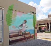 街市好莱坞墙壁上的项目 免版税库存图片