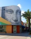街市好莱坞墙壁上的项目 免版税库存照片