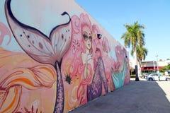 街市好莱坞墙壁上的项目 库存图片