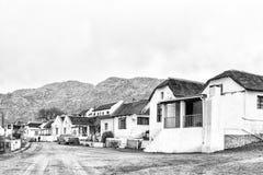 街道场面,与历史的房子,在Wupperthal 单色 免版税库存照片