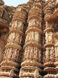 西部小组克久拉霍寺庙,联合国科教文组织遗产站点,为它的色情雕塑,印度,晴天是著名的 免版税库存照片
