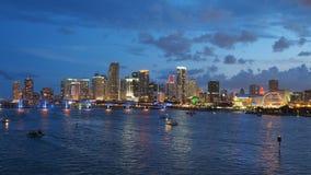 迈阿密地平线城市在微明下 免版税库存图片