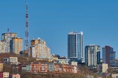蓝色楼房建筑现代天空 库存图片