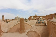 苏丹贵族艾哈迈德公共浴室屋顶在卡山,伊朗 免版税库存照片