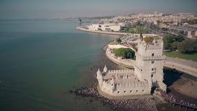 贝伦塔鸟瞰图里斯本葡萄牙4k英尺长度的 股票录像