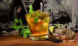 薄荷的威士忌酒鸡尾酒 库存照片