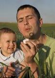 È divertente con il Daddy Fotografia Stock Libera da Diritti