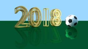 2018 è riflesso come 2017 e un pallone da calcio su una superficie verde Fotografia Stock Libera da Diritti
