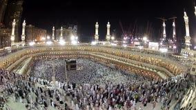 È tempo di pellegrinaggio alla Mecca archivi video
