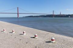 25ème April Bridge, Lisbonne, Portugal Images stock