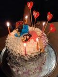 30ème gâteau d'anniversaire l'épousant photos stock