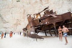 7ème le septembre, 2015, Zakynthos, Grèce Vue de plage de Navaggio Détails de naufrage Image libre de droits