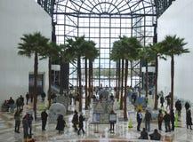 21ème NY concurrence annuelle de Canstruction au jardin d'hiver d'endroit de Brooklfield à New York Images stock