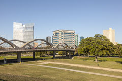 7ème pont occidental en rue à Fort Worth, TX, Etats-Unis Image stock