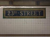 23ème station de métro de rue - NYC Photos stock