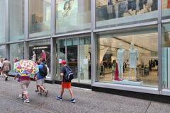 5èmes achats de mode d'avenue Photo libre de droits
