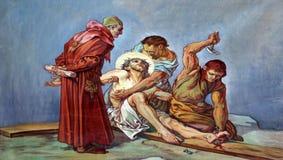 11èmes stations de la croix, crucifixion : Jésus est cloué à la croix Photo libre de droits