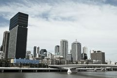 高层中心商务区地平线,布里斯班,澳大利亚 免版税库存图片