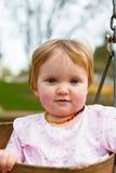Één Éénjarige op Schommeling Royalty-vrije Stock Foto's