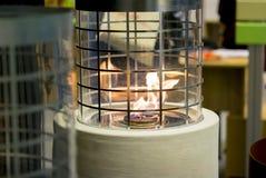 Één Biofireplace-brandwond op het close-up van het ethylalcoholgas royalty-vrije stock foto's